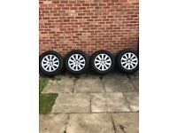 "Land Rover discovery 3 18"" alloy wheels"
