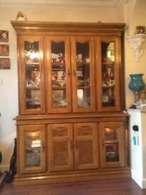 LARGE VINTAGE DISPLAY CABINET WITH LIGHTS