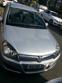 Vauxhall astra for sale in MINT condition! MOT not due until feb 2019.