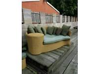 Corner garden seat