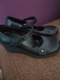 Shoes size 4 worn once