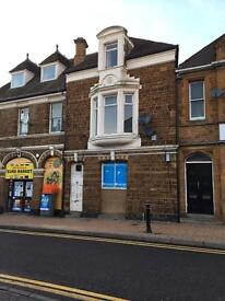 4 bedroom flat in a prime central Wellingborough location
