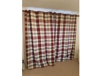 Red and cream tartan ring curtains 90x90
