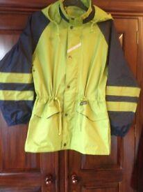 Ladies/women's Regatta waterproof hiking jacket. As new. Green and navy