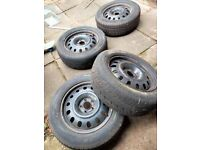 4 x Steel Rims 6 1/2 x 16 (with 205/60 R16 tyres)
