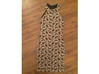 Brand new without tag Ladies Quiz (House of Fraser) Black and Gold dress size UK12 Eu40