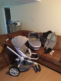Quinny moodd pushchair and carrycot