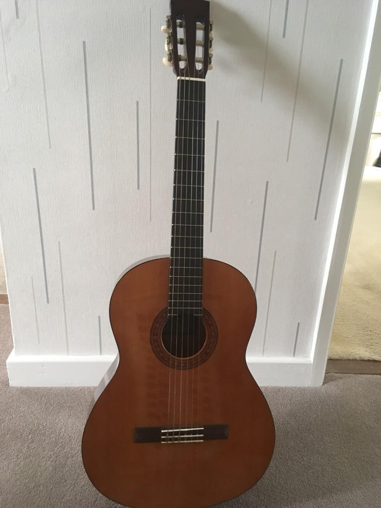 Classical guitar Yamaha C40 Full Size