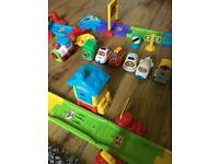 Vtech too-too set with cars included