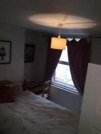 Lovely double room available to rent in central Hove