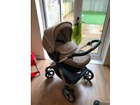 Silver cross Wayfarer pram, Silver Cross simplicity Car seat and IsoFix for sale. Beige & Red
