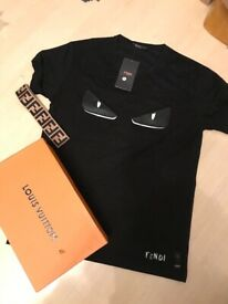 a4aca82d2a01 Brand new tagged men s 2018 Louis Vuitton towelling t shirt