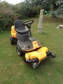 Ride on lawnmower Stiga Villa 320hst 2015 fitted with new engine ex cond