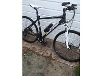 Reduced for quick sale, Boardman hybrid bike, done less than 20 miles, great condition
