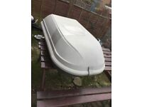 Small roof box