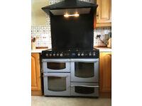 range cooker with splashback and hood