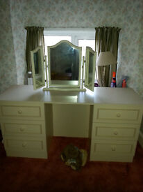 Cream dressing table and matching mirro