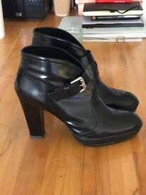 HOGAN black low boots with heel - Size EU 38 1/2 - Size UK 5