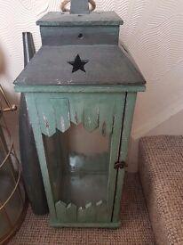 Woodrn Lantern