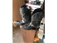 Cowboy Boots - size 10 / black