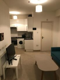 1 Bedroom Flat to rent in Holland Road/Kensington Olympia