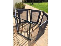 Baby play pen or gate