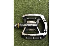 Shimano Saint MX80 Flat Pedal