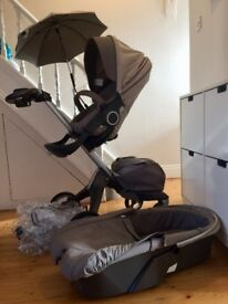 Stokke Xplory V3 incl seat unti, carrycot and extras