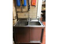 Double bowl sink unit with pre rinser spray