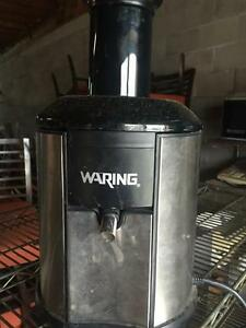 Waring Juice Extractor - Commercial Juicing / Juicer Machine - iFoodEquipment.ca