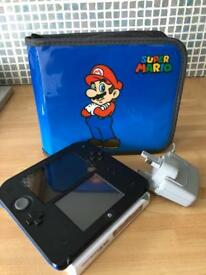 Nintendo 2ds MARIO bundle ( 7 games)