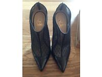 Genuine Christian Louboutin Filette 100 Pat Heels Size 37
