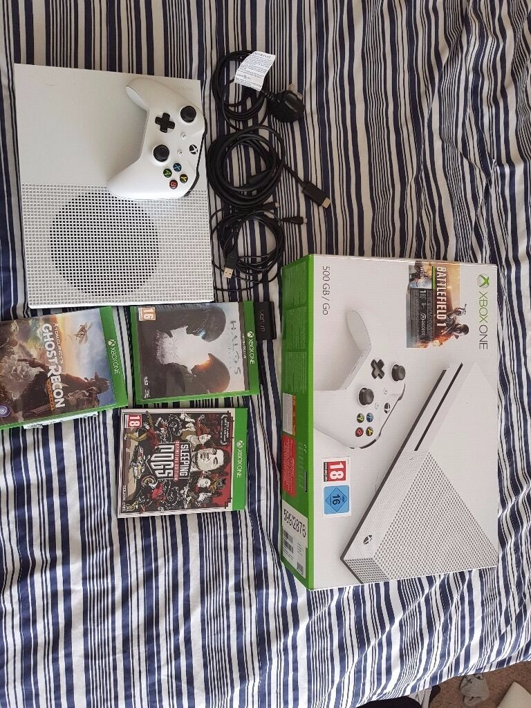 Xbox One S, Battlefield 1, Halo 5, Ghost Recon Wildlands, Sleeping Dogs, 1 Controller £200