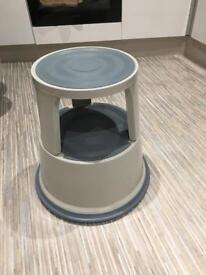 Pavo Premium Rolling Kick Step Stool - Grey - Barely Used