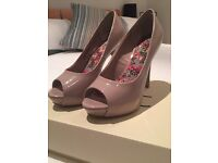 Nude Next Heels WIDE FIT SIZE 4