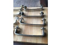 Used kitchen cupboard / drawer handles