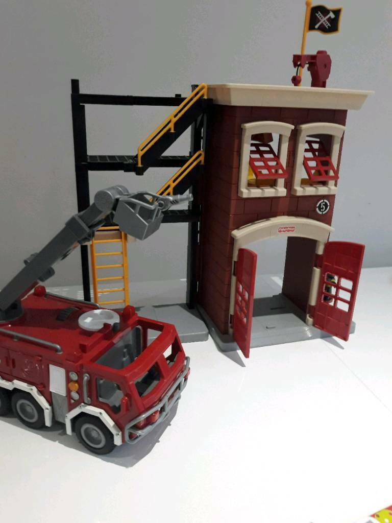 Fisher-price Imaginext Fire Station & Engine