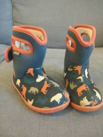 Bogs Wellies Unisex size 6 Toddler