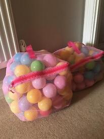 Play balls 2 bags