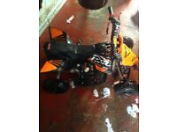 mini quad 50cc sold as seen it did work last time i had but it been stud over a YR my son out gron
