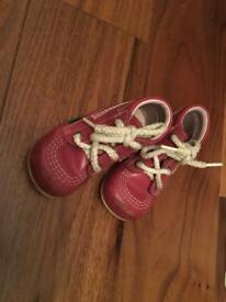 Kickers baby shoes, size 21