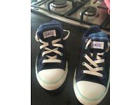 Converse All Star Size 4 barely worn