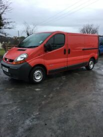 Vivaro traffics for breaking loads off parts 1.9 and 2.0 engine gearbox's panels all cheap to clear