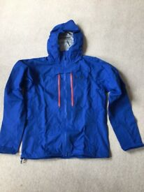 Mountain Hardwear waterproof jacket in Medium