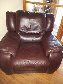 RECLINING ELECTRIC LEATHER CHAIR