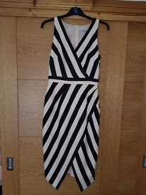 stunning,structured coast dress size 10. pink and black occasion