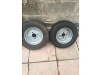 Trailer wheels with tyres