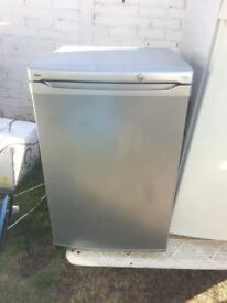 **LEC**UNDERCOUNTER FRIDGE**A RATED**SILVER**ONLY £45**COLLECTION\DELIVERY**NO OFFERS**