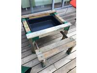 Sandpit or water tray.