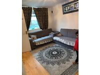 AVAILABLE NOW ! ..A TWO (2) BEDROOM FLAT FOR £1739pcm IN CALENDONIAN ROAD, N7 8UD !